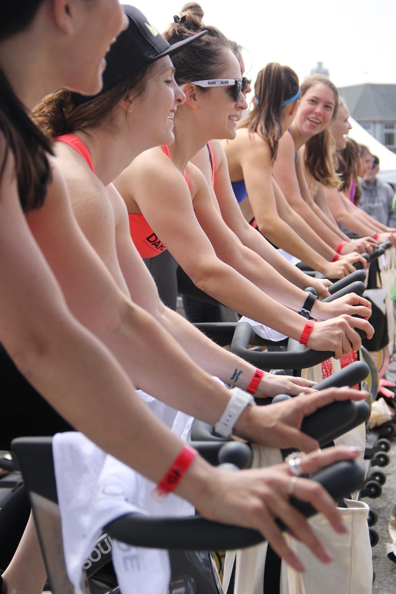 Spinning Bike in Gruppe oder einzeln trainieren