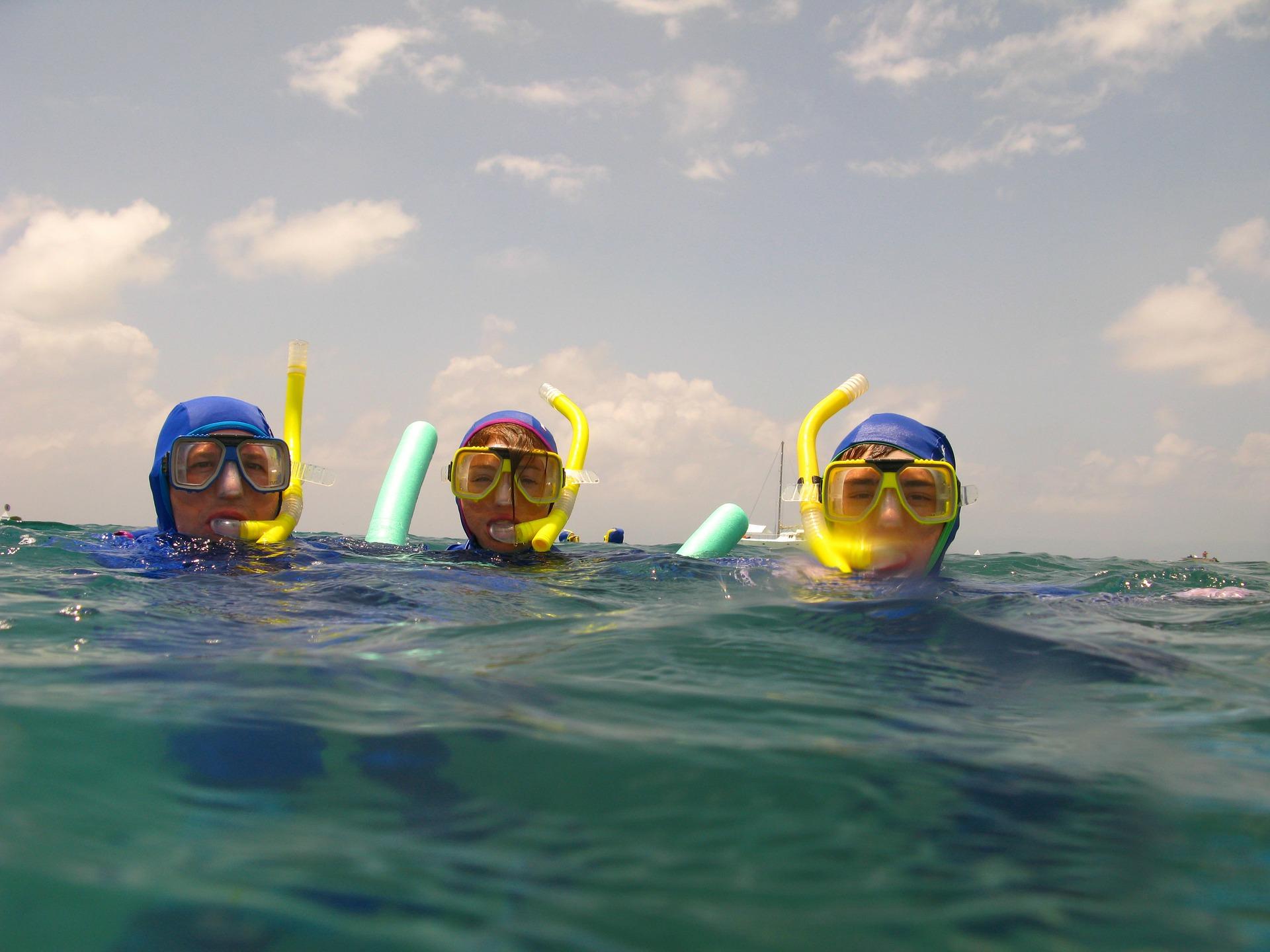Schwimmflossen fuer Kinder schorcheln ist fuer die ganze familie etwas