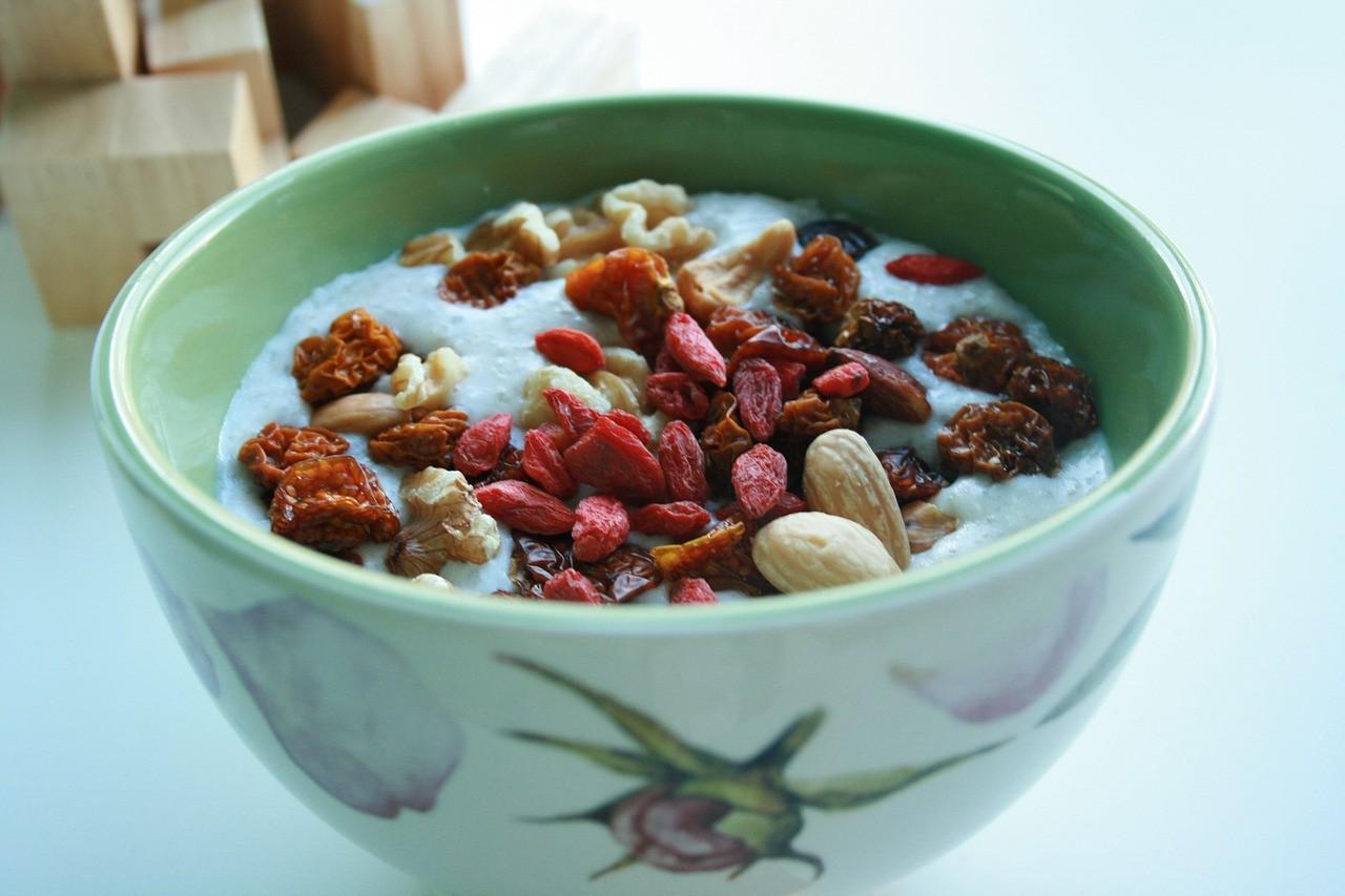 Hierzulande gelten Goji Beeren als Superfood, da sie sehr reichhaltig mit Vitamin C und Vitamin B bestückt sind.