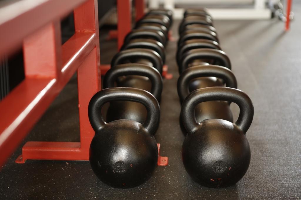 Um die richtige Gewichtsweste für Dich zu finden, gibt es verschiedene Kriterien, auf die Du achten musst.